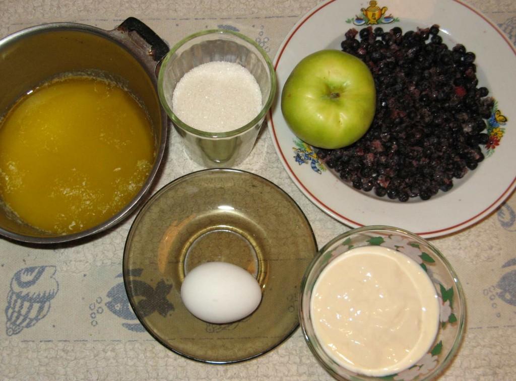 пирог с черникой: нужные продукты - рецепт с фото