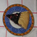 кусочек пирога с черникой